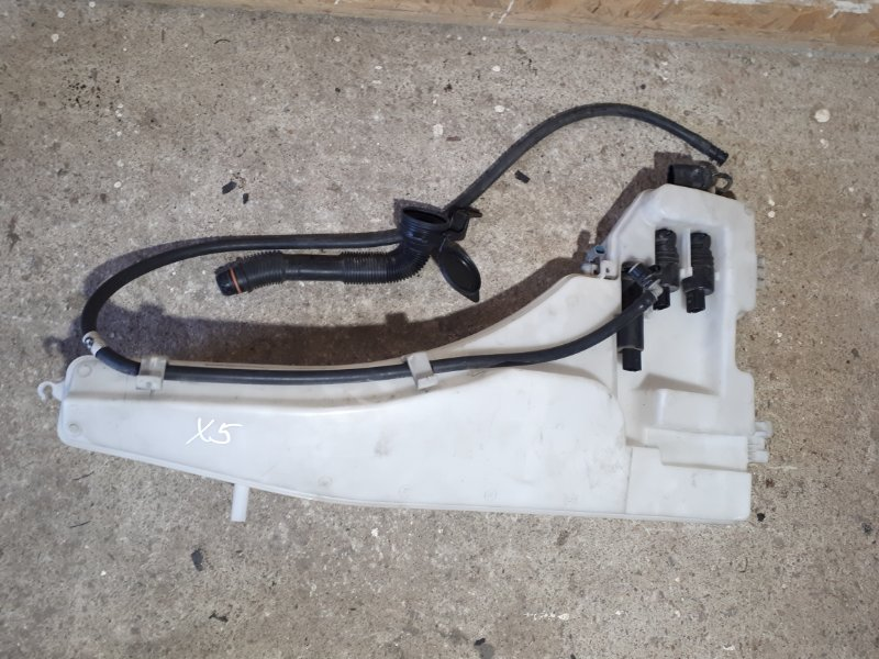 Бачок омывателя Bmw X5 E70 2012 передний (б/у)