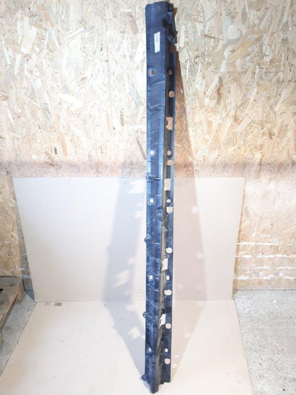 Кронштейн подножки Bmw X5 E70 2012 правый (б/у)