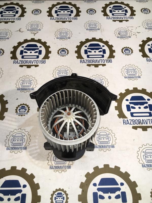 Мотор печки Audi Q7 4L 3.0 TDI 2012 передний (б/у)