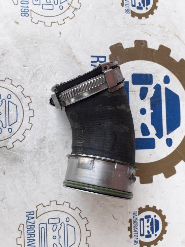 Патрубок интеркулера Audi Q7 4L 3.0 TDI 2012 нижний (б/у)