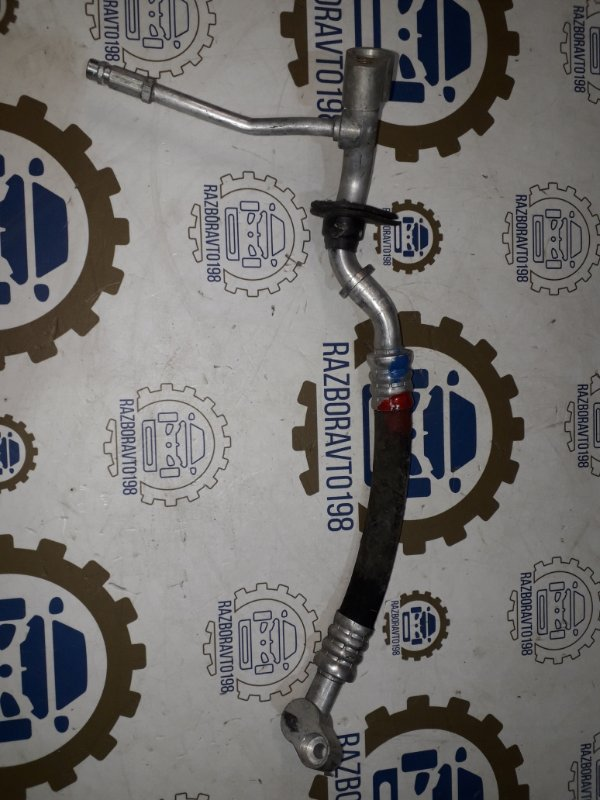 Шланг кондиционера Audi Q7 4L 3.0 TDI 2012 (б/у)