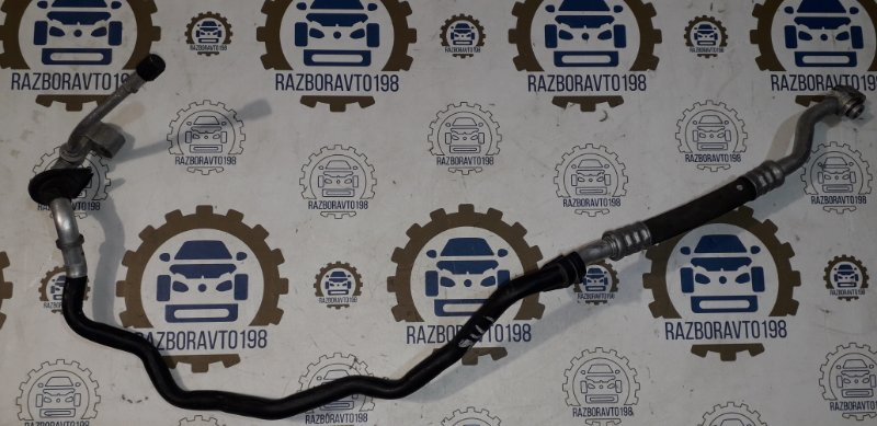 Трубка кондиционера Audi Q7 4L 3.0 TDI 2012 (б/у)