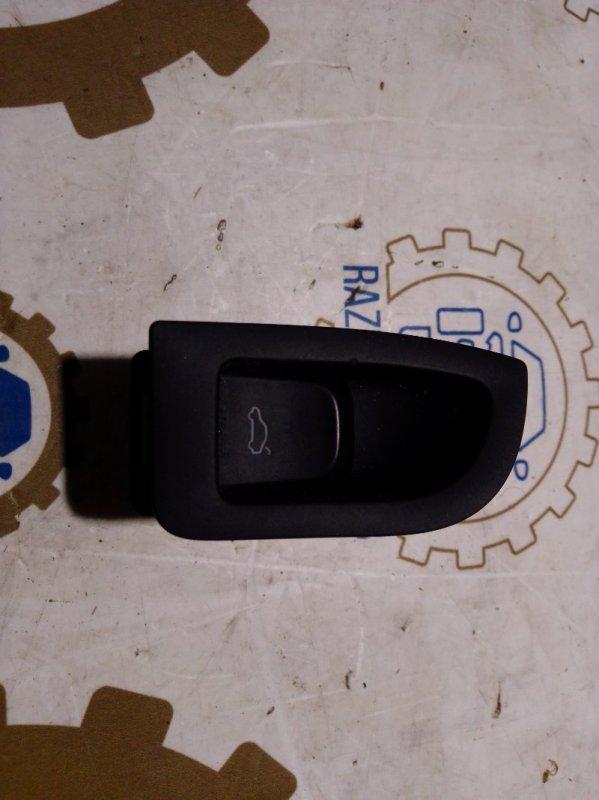 Кнопка открывания багажника Audi A4 B8 2011 задняя (б/у)