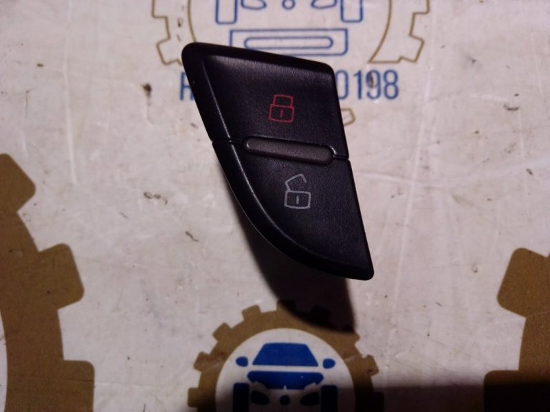 Кнопки блокировки дверей Audi A4 B8 2011 (б/у)