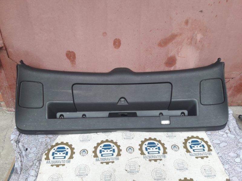 Обшивка багажника Audi Q7 4L 2013 задняя (б/у)