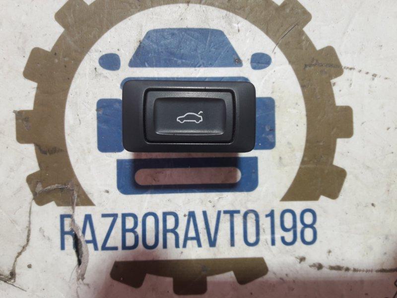 Кнопка открывания багажника Audi Q7 4L 2013 задняя (б/у)