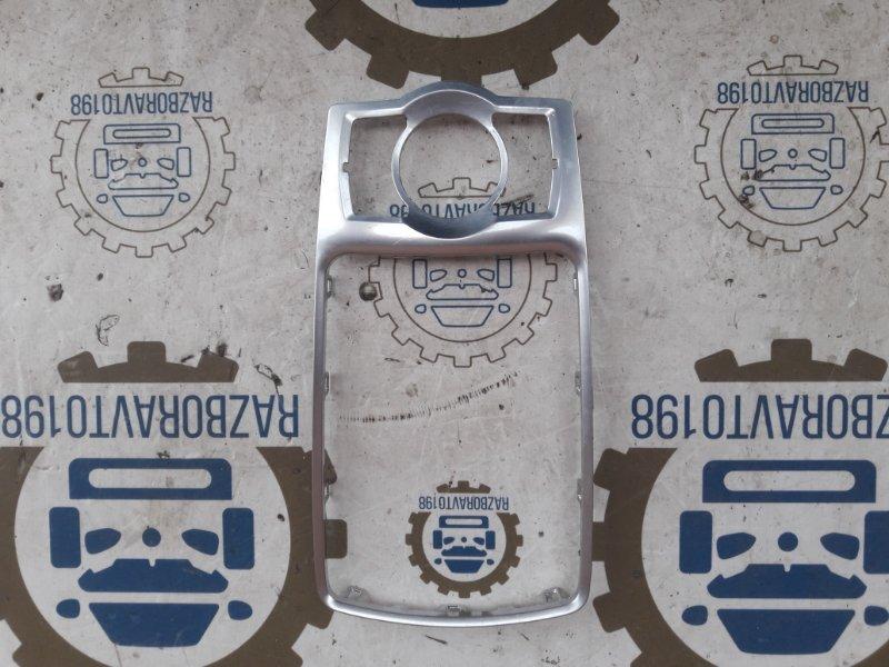 Крепежна рамка вокруг рычага кпп Audi Q7 4L 2013 (б/у)