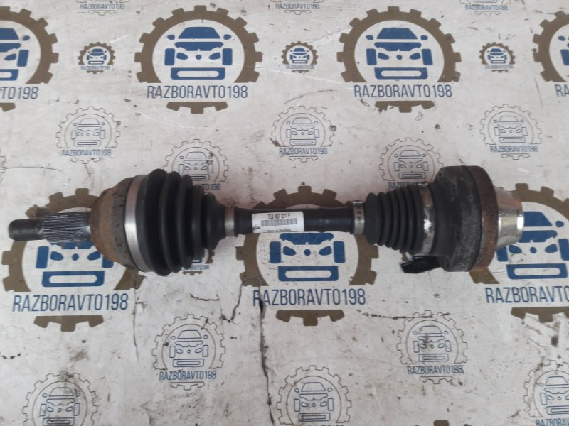 Привод Audi Q7 4L 2013 передний (б/у)