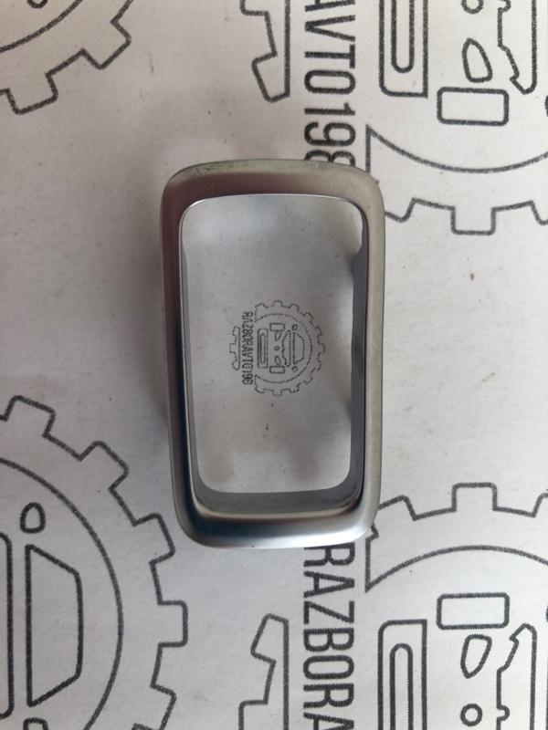 Рамка переключателя стеклоподъемника C-Class W205 (б/у)