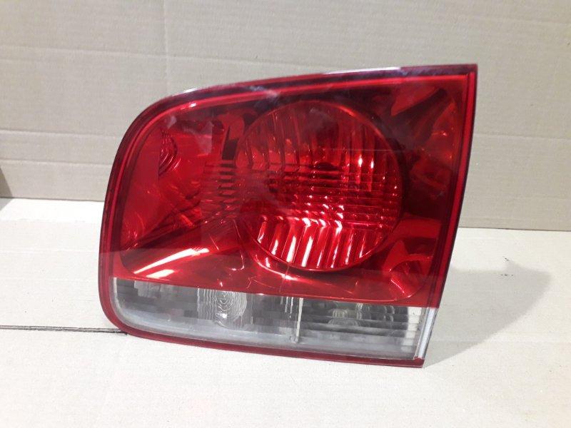 Фонарь внутренний Volkswagen Touareg 7L 3.0 TDI BUG 2006 задний правый (б/у)