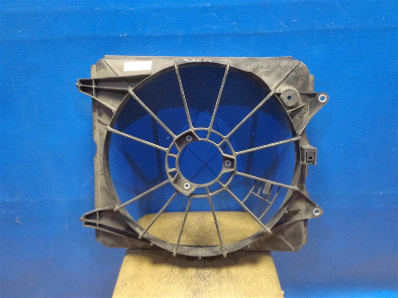 Вентилятор радиатора Honda Cr-V 2007 (б/у)