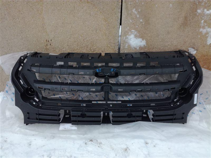 Решетка радиатора Ford Kuga 2 CBS 2012