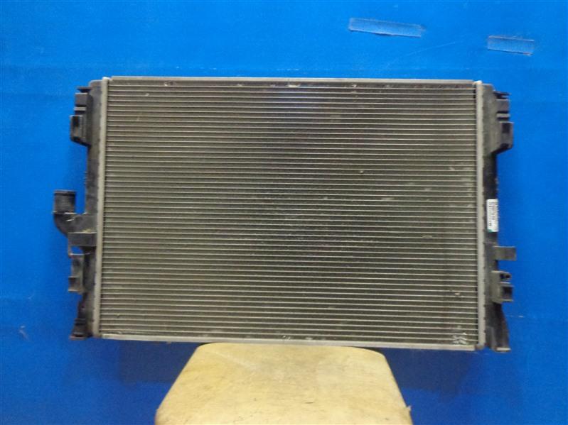Радиатор охлаждения Renault Duster 2012 (б/у)