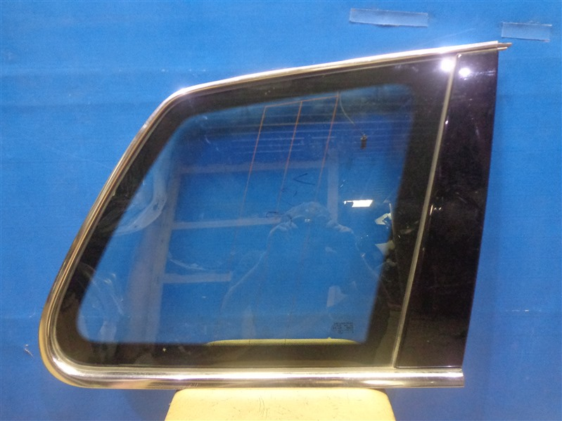 Стекло кузовное форточка Volkswagen Touareg 7LA 2002 заднее правое (б/у)
