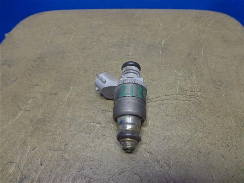 Форсунка инжекторная Mitsubishi Lancer 10 CY2A 2007 (б/у)
