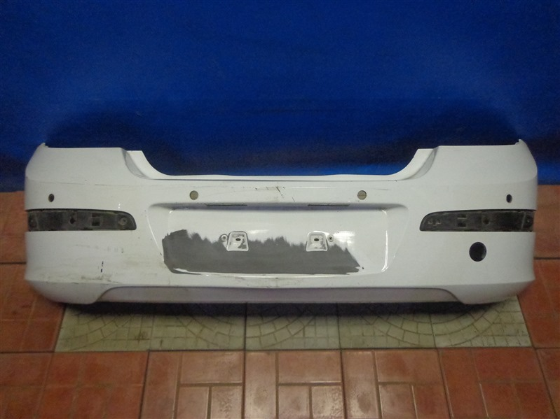 Бампер Opel Astra H L48 2004 задний (б/у)