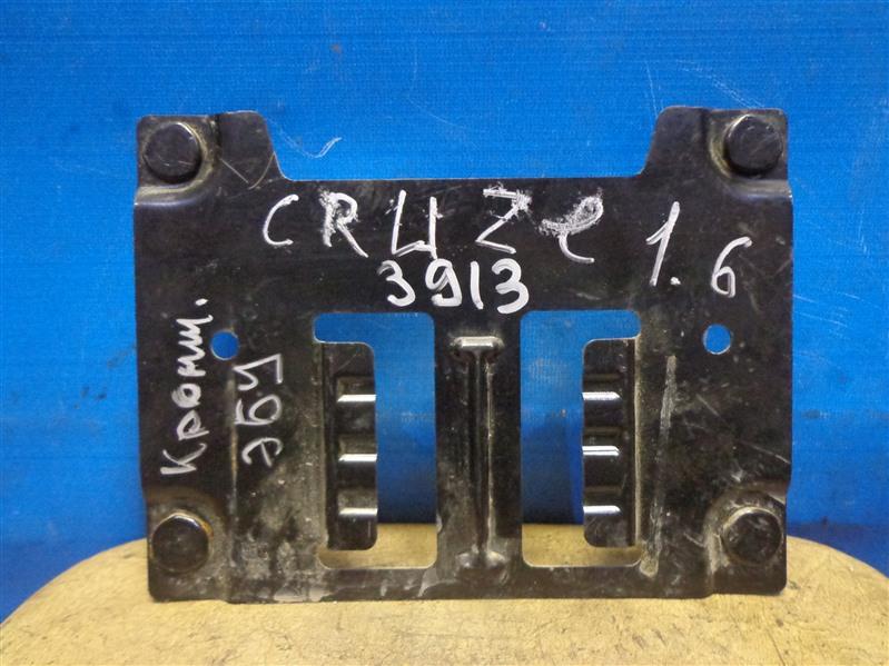 Кронштейн блока управления двигателем Chevrolet Cruze J300 2009 (б/у)