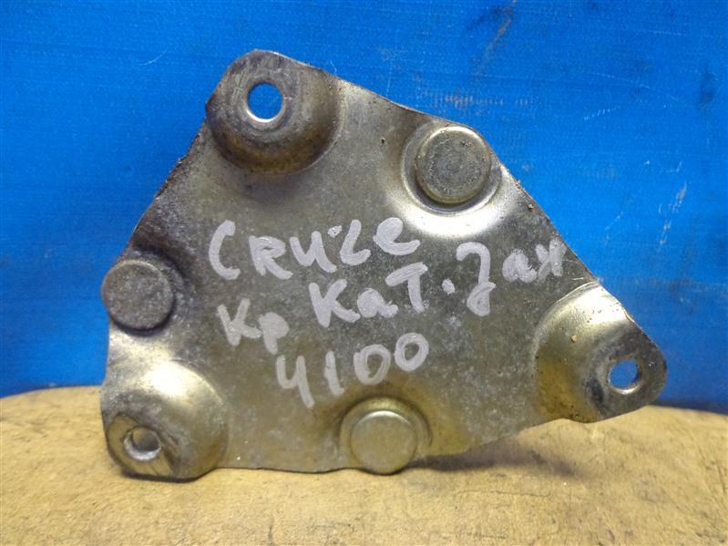 Кронштейн катушки зажигания Chevrolet Cruze J300 2009 (б/у)