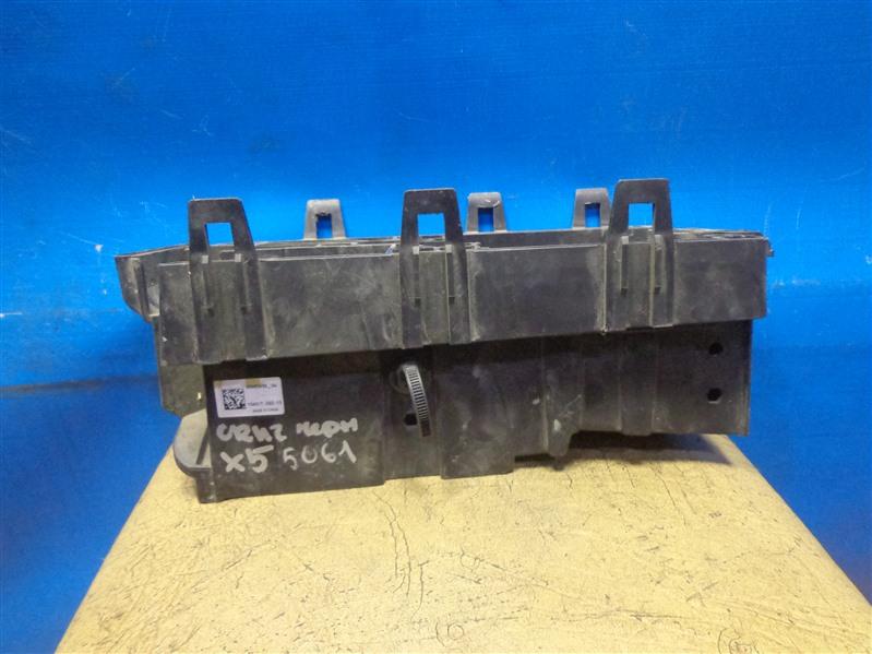 Корпус блока предохранителей Chevrolet Cruze J305 2009 (б/у)