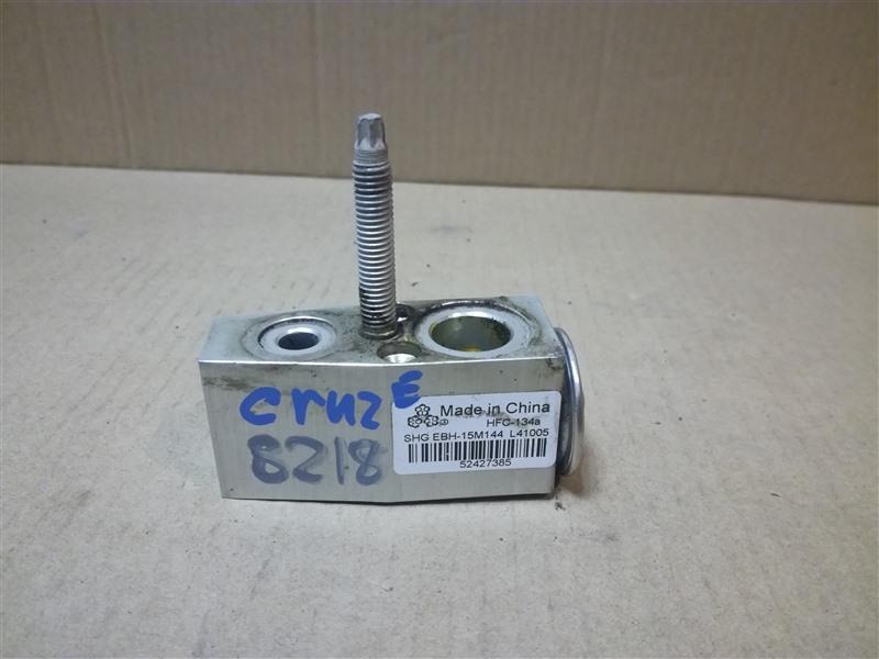 Клапан кондиционера Chevrolet Cruze J300 2009 (б/у)