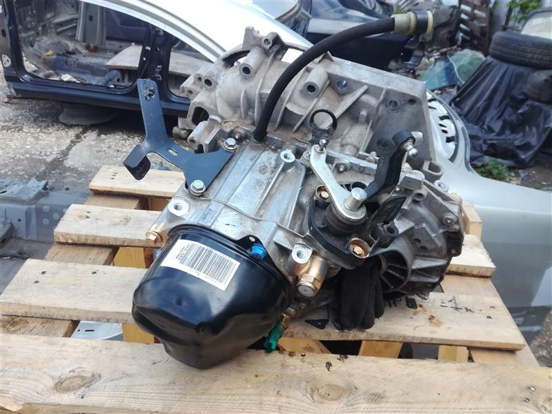 Коробка переключения передач Renault Sandero 5S 2014 (б/у)