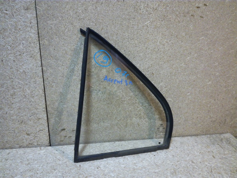 Стекло двери Hyundai Accent LC 2000 заднее левое (б/у)
