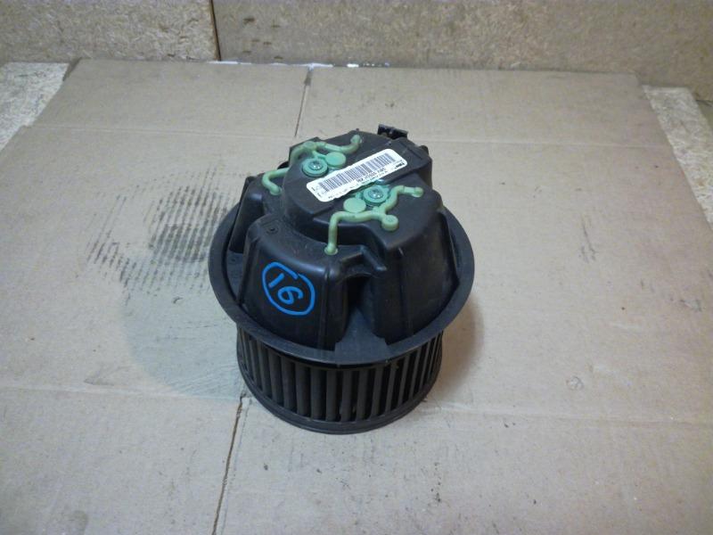 Моторчик печки (отопителя) Renault Duster HSA 2012 (б/у)
