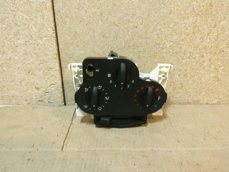 Блок управления отопителем Renault Logan LS0G/LS12 2005 (б/у)