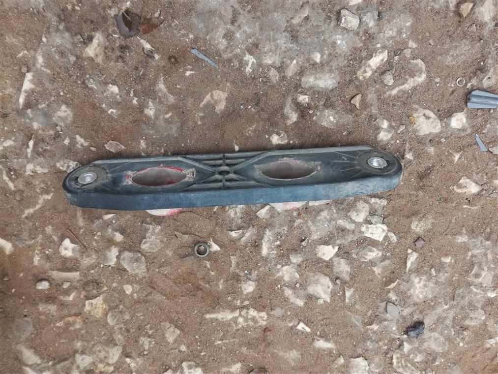 Кронштейн глушителя Skoda Octavia A5 1Z5 2004 (б/у)