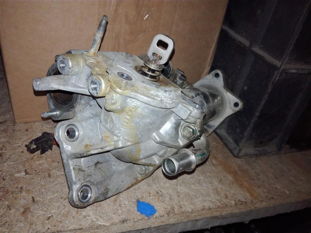 Радиатор системы egr Renault Duster HSA 2012 (б/у)