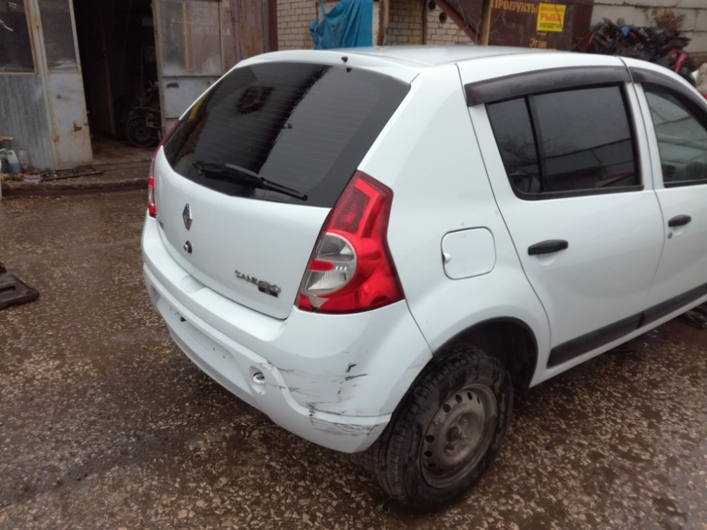 Задняя часть кузова Renault Sandero BS11 2009 (б/у)