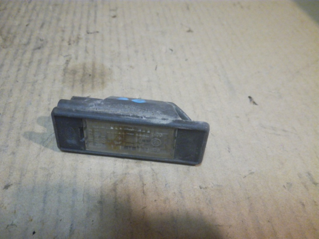 Фонарь подсветки номера Peugeot 308 4A/C 2007 (б/у)