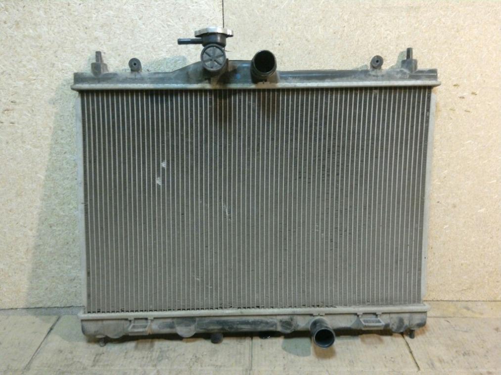 Радиатор охлаждения Nissan Tiida C11 2007 (б/у)