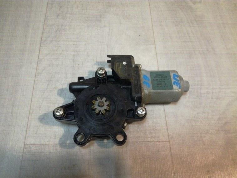 Моторчик стеклоподъемника Nissan Tiida C11 2007 задний правый (б/у)