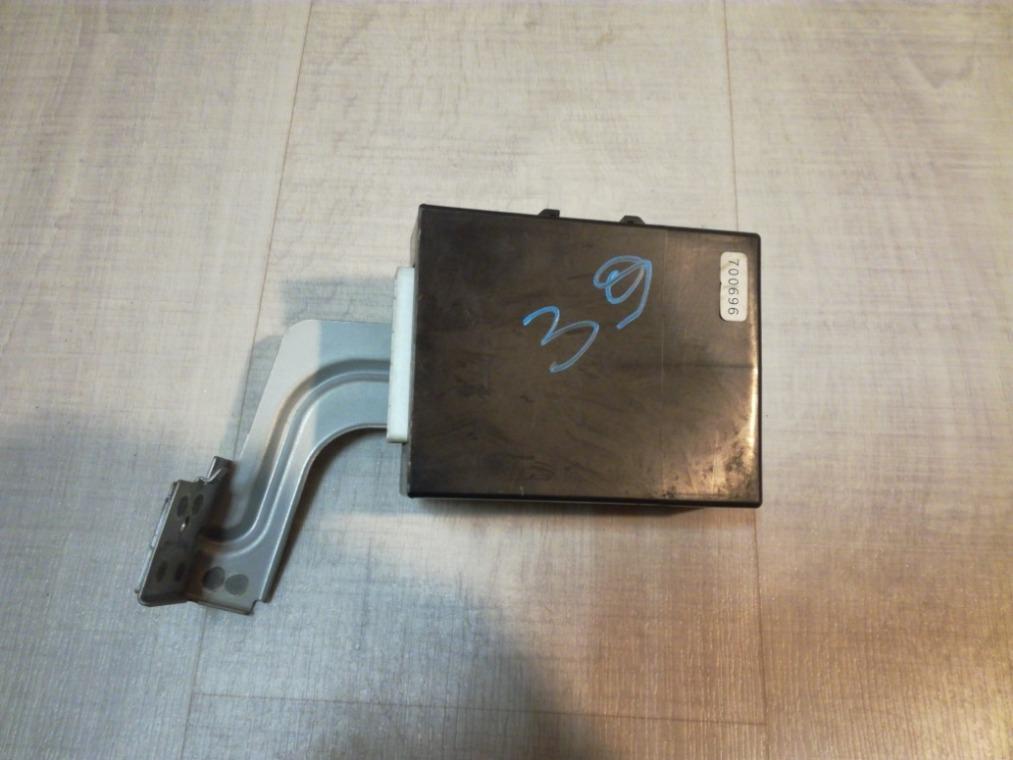 Блок управления центральным замком Nissan Tiida C11 2007 (б/у)