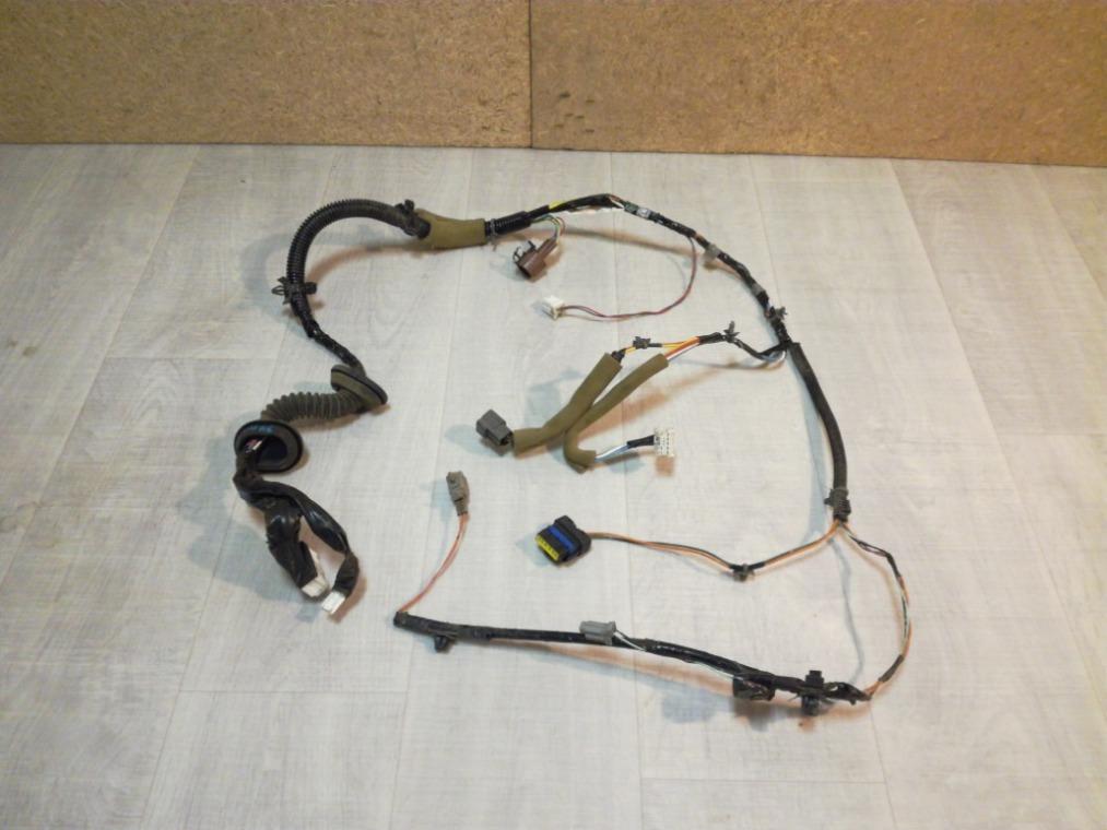 Проводка двери Nissan Tiida C11 2007 передняя правая (б/у)