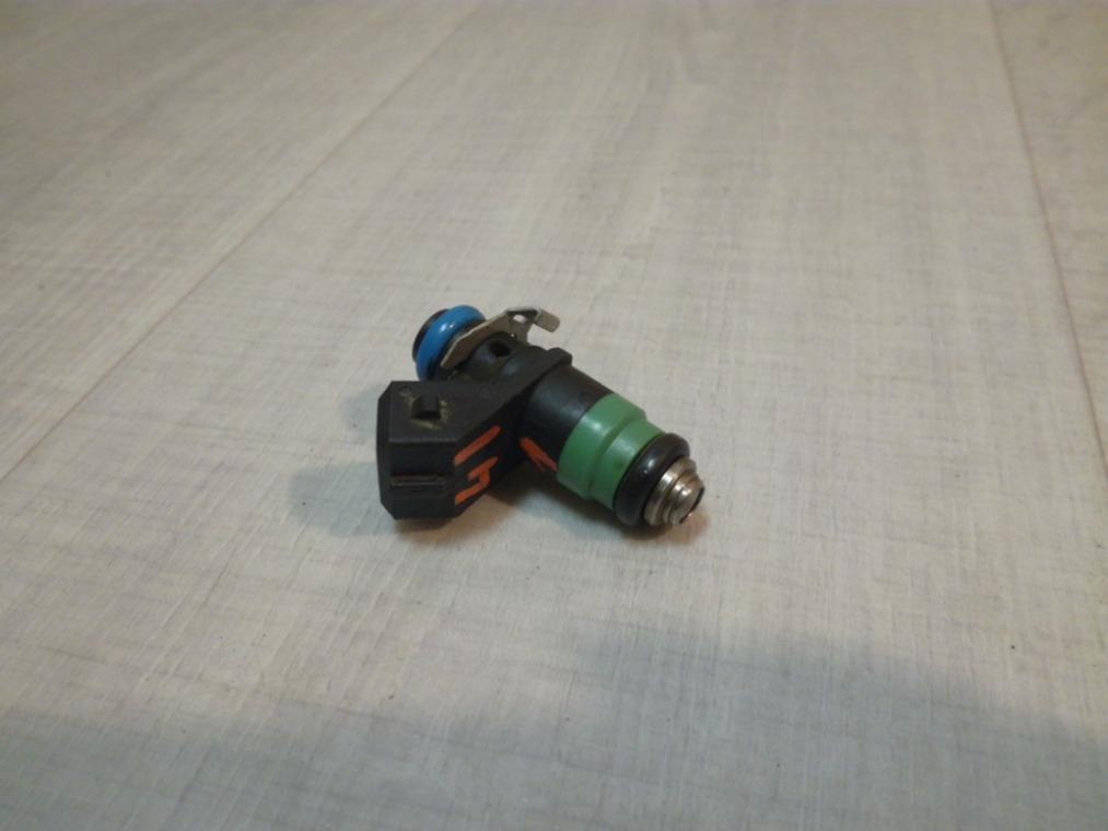 Форсунка инжекторная Renault Sandero BS11 2009 (б/у)