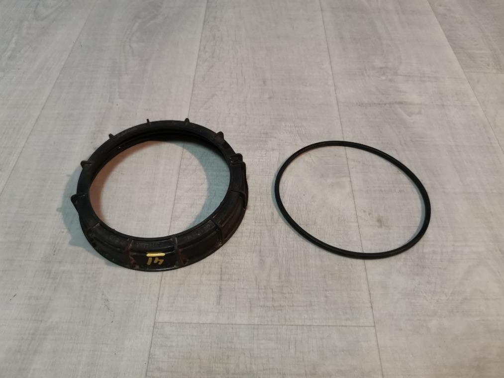 Гайка (кольцо) топливного насоса Renault Sandero BS11 2009 (б/у)