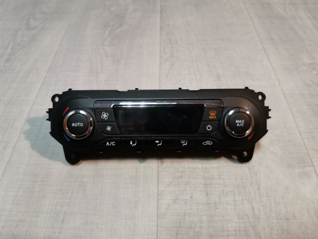 Блок управления отопителем Ford Focus 3 CB8 2011 (б/у)