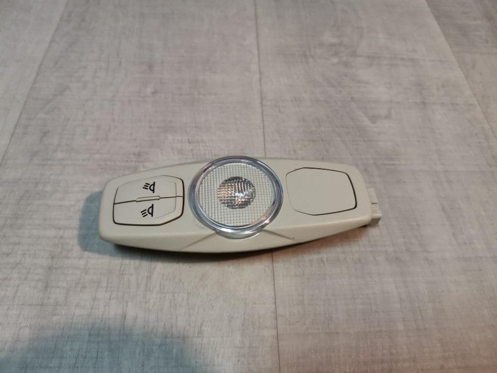 Плафон салонный Ford Focus 3 CB8 2011 задний (б/у)