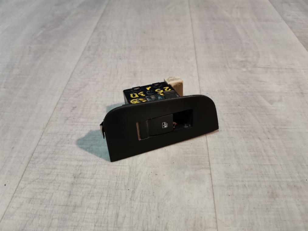 Кнопка стеклоподъемника Chevrolet Epica V250 2006 задняя (б/у)