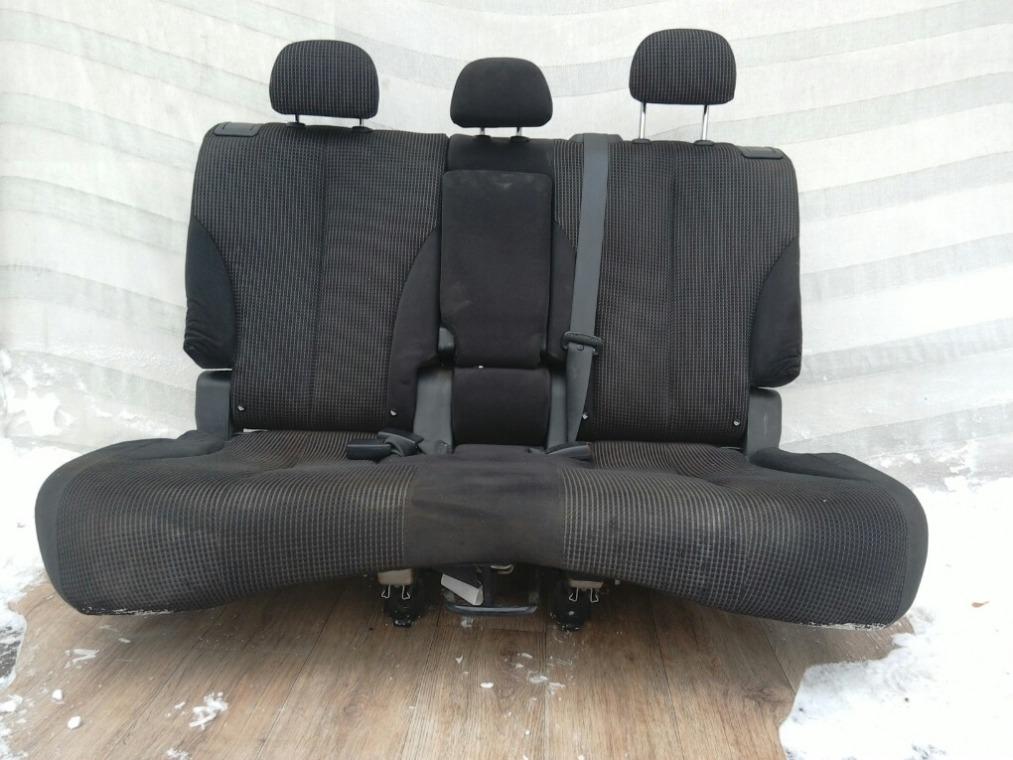 Сиденье Nissan Tiida C11 2007 заднее (б/у)