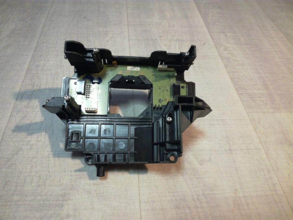 Кронштейн подрулевых переключателей Ford Focus 3 CB8 2011 (б/у)