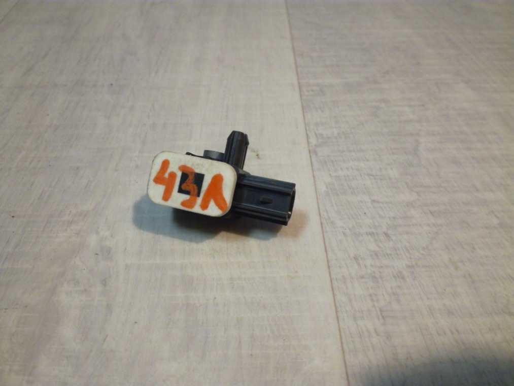 Датчик удара Ford Focus 3 CB8 2011 (б/у)