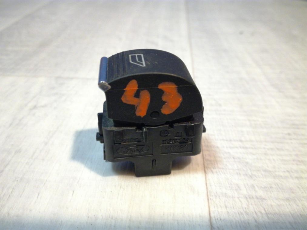 Кнопка стеклоподъемника Ford Focus 3 CB8 2011 передняя правая (б/у)