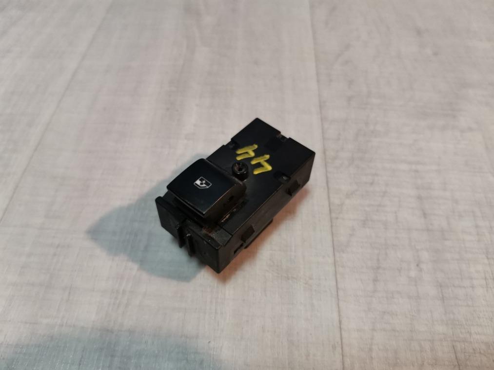 Кнопка стеклоподъемника Chevrolet Cruze J300 2009 (б/у)