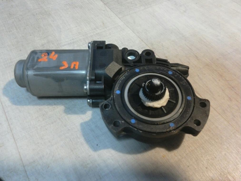 Моторчик стеклоподъемника Hyundai Elantra HD 2006 задний правый (б/у)