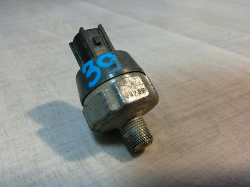 Датчик давления масла Nissan Tiida C11 2007 (б/у)