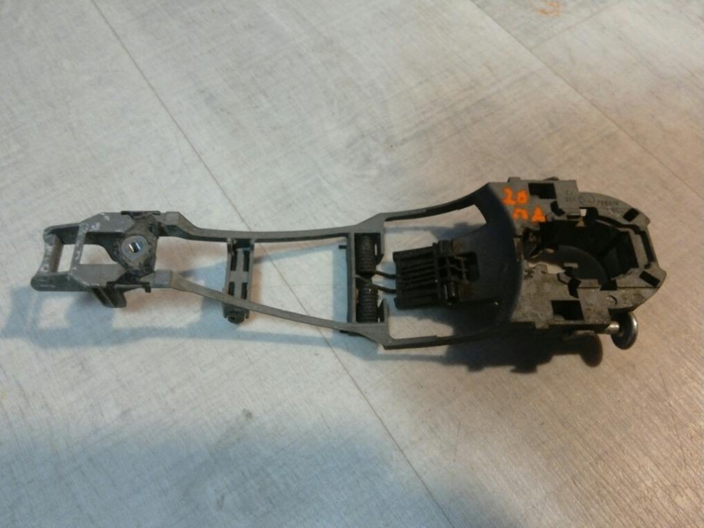 Ручка двери наружная Skoda Octavia A5 1Z5 2004 передняя левая (б/у)