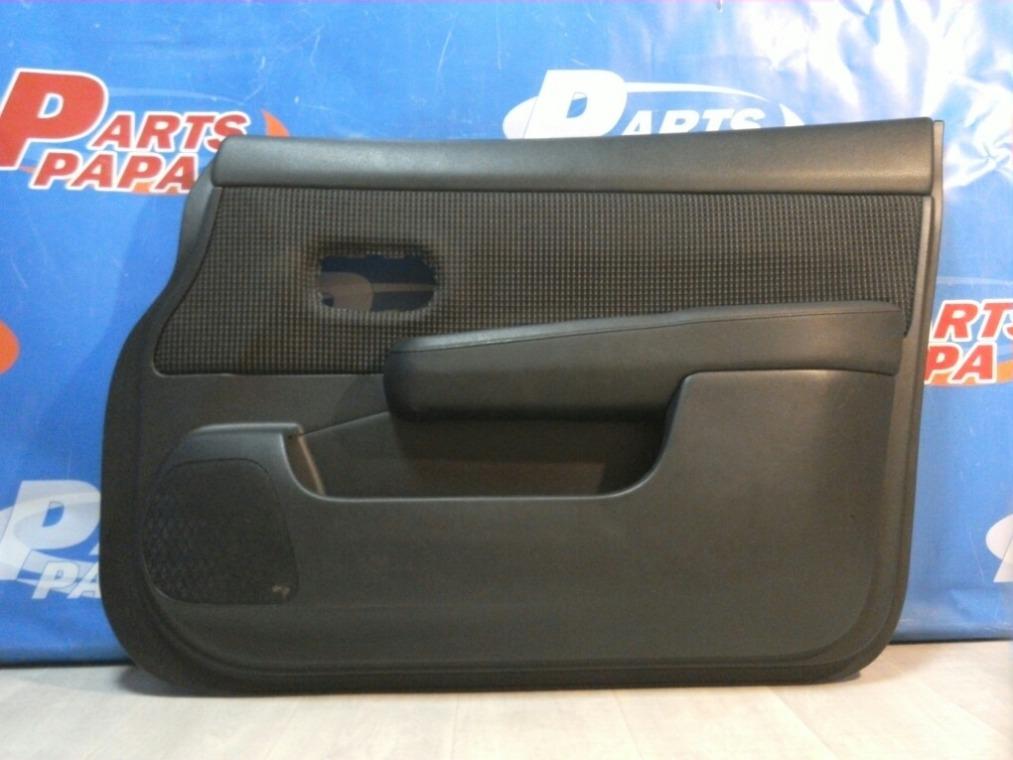 Обшивка двери Nissan Tiida C11 2007 передняя правая (б/у)